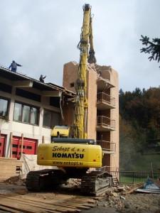 Rušenje gasilskega stolpa v Trbovljah